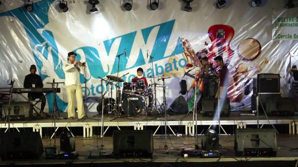 Jazz @ Tohatohabato : Andy Razafindrazaka