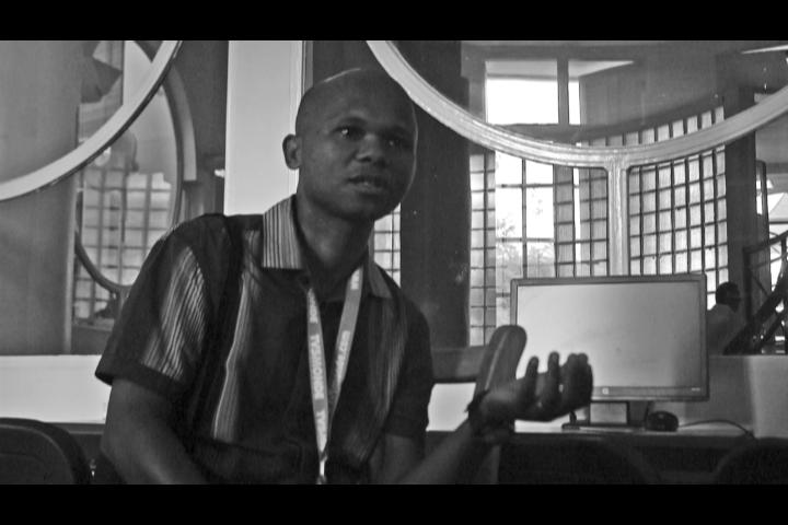 Rencontre avec le documentariste Gilde Razafitsihadinoina, réalisateur de Jeux d'Enfant.