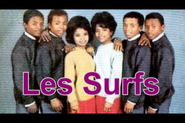 Les Surfs : L'aventure d'un groupe yéyé malgache racontée dans un livre.
